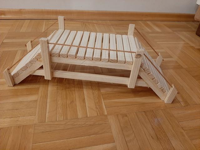 Izdelava lesenih mostov